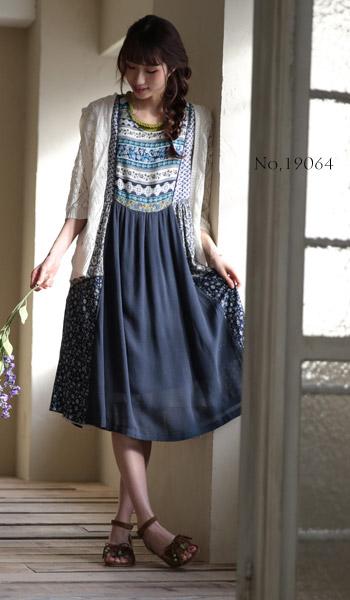 ミセスファッションと言えば、ナチュラル服が人気。