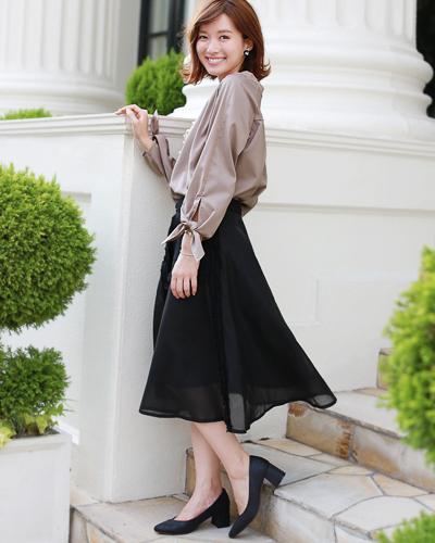 30代~40代向けの大人ファッションを提供しているレディースファッション通販サイトです。