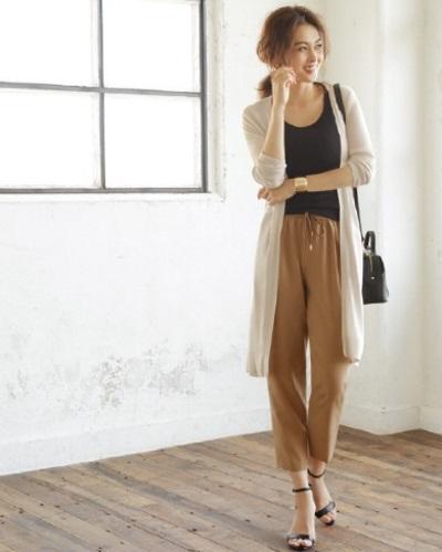 洗練され、計算されたデザイン性の高さと、価格以上の質の良さが30代~40代の女性に支持されているファッション通販サイト。