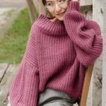 40代に似合う着映えカラーの「パープル」で作る上品で華やかな冬コーデ♡