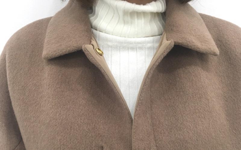 秋冬どちらも使えるマジカルサーモリバーシブル・ウールコートの着用レビュー