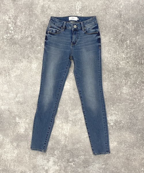 A PERFECT DENIM ¥5,990(税別)