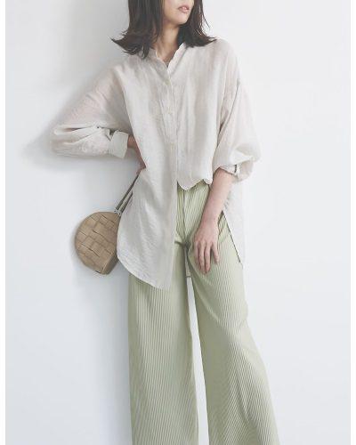2020年30代女性の春夏トレンドファッション・シアーシャツ