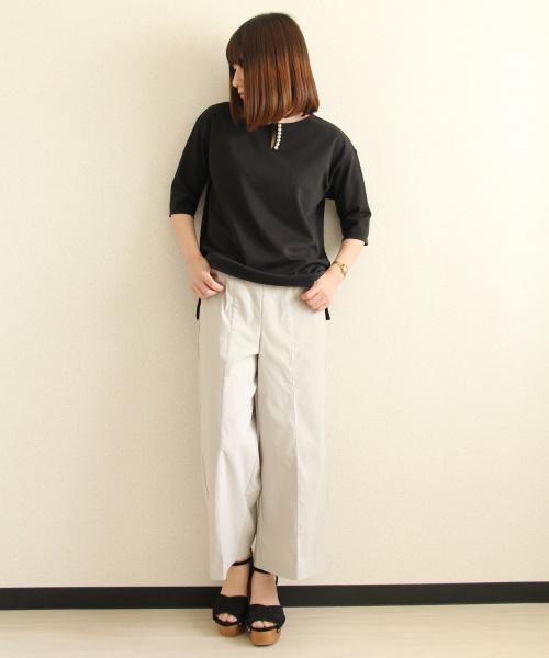 DoCLASSE ドゥクラッセTシャツ・パール使いキーネック 5,489円(税込)