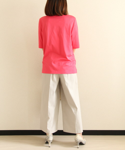 DoCLASSE ドゥクラッセTライト・キーネック/5分袖 4,389円(税込)