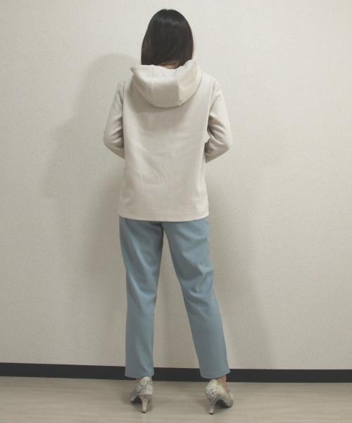 DoCLASSE 接結ストレッチ・フーデッドプルオーバー 3,289円(税込)